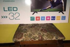 "32"" JSW LED (HDTV) BRAND NEW IN BOX. Never Us"