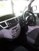 Clean Toyota voxy mint inside out