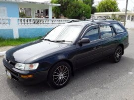 Toyota Corolla l touring 1996 5 speed